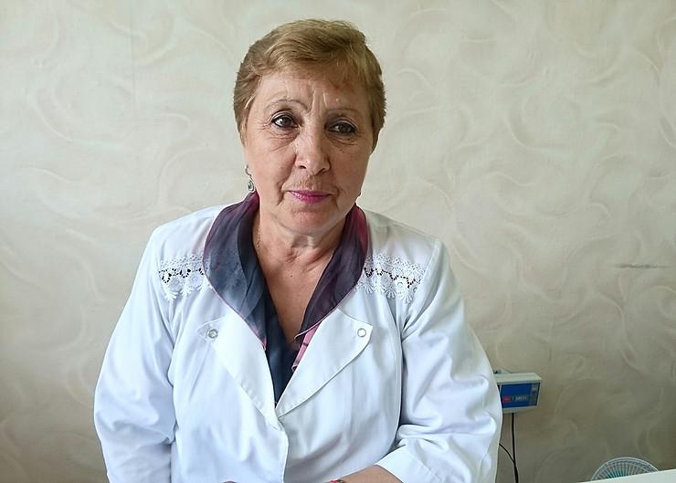 Участковая медсестра свердловской больницы стала лучшей в России