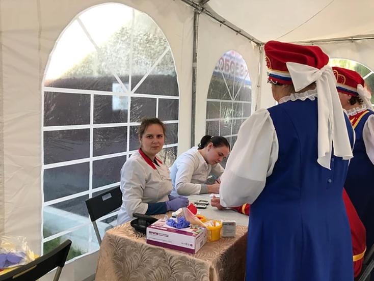 Более 150 жителей Алапаевска смогли проверить своё здоровье в День города