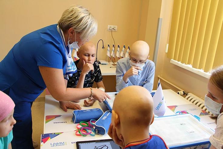 Федеральный проект «УчимЗнаем» открыл свои двери для маленьких пациентов Областной детской больницы