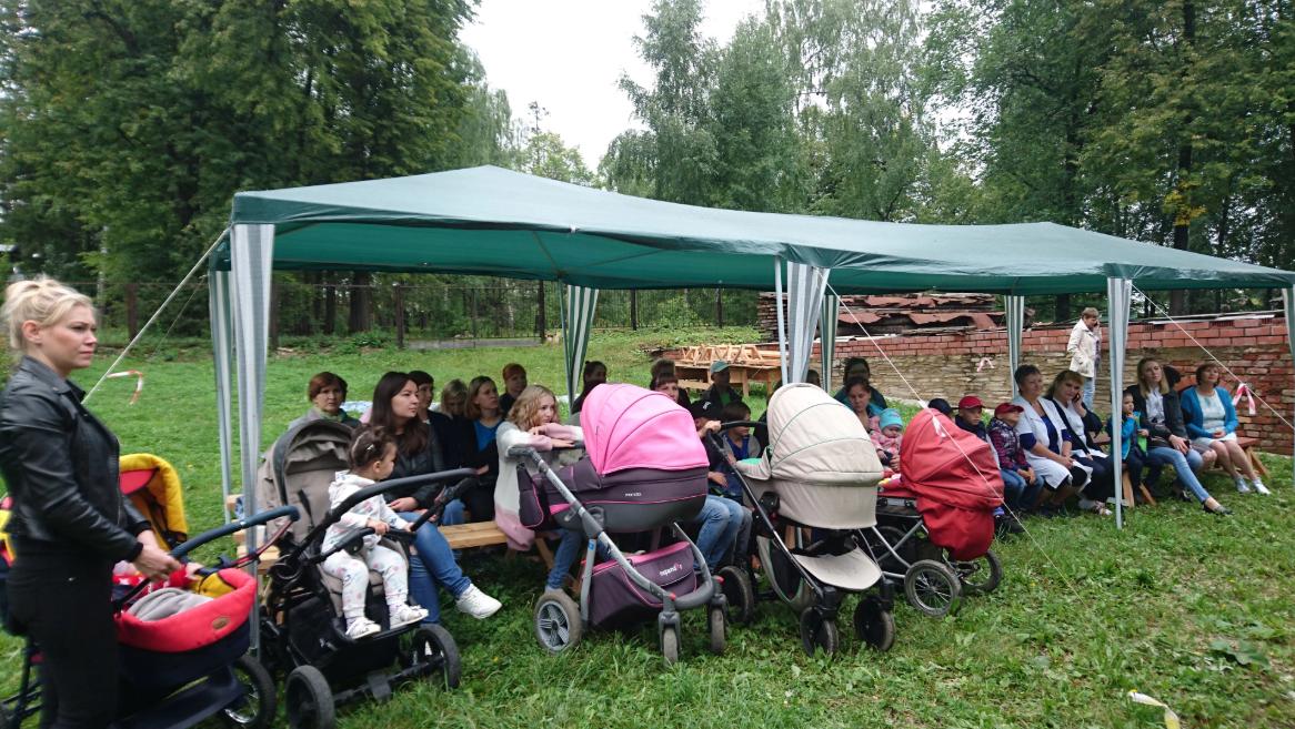 Более 50 жительниц Красноуфимска посетили «Мам-пикник», организованный районной больницей