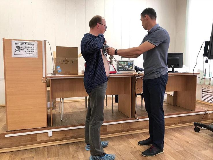Сельские подразделения Артёмовской ЦРБ оснастили дефибрилляторами