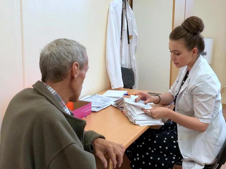 Более 50 человек проконсультировались с «узкими» специалистами СОКБ №1 в выездной поликлинике