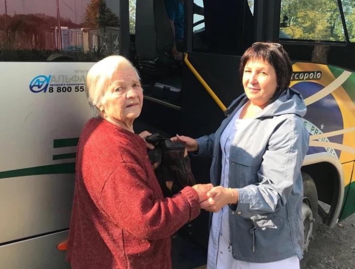В Артёмовском округе сельчан на флюорографию бесплатно возят специальные автобусы
