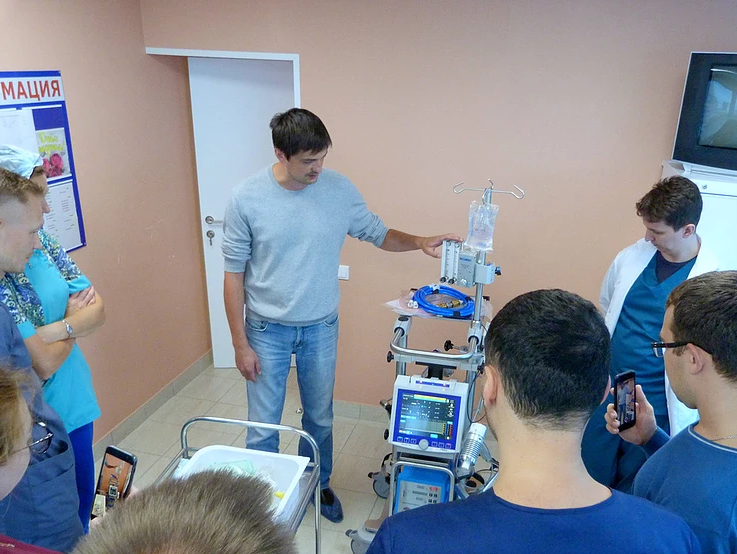 Для детской реанимации Свердловской ОКБ приобретен аппарат, позволяющий спасать тяжелейших пациентов