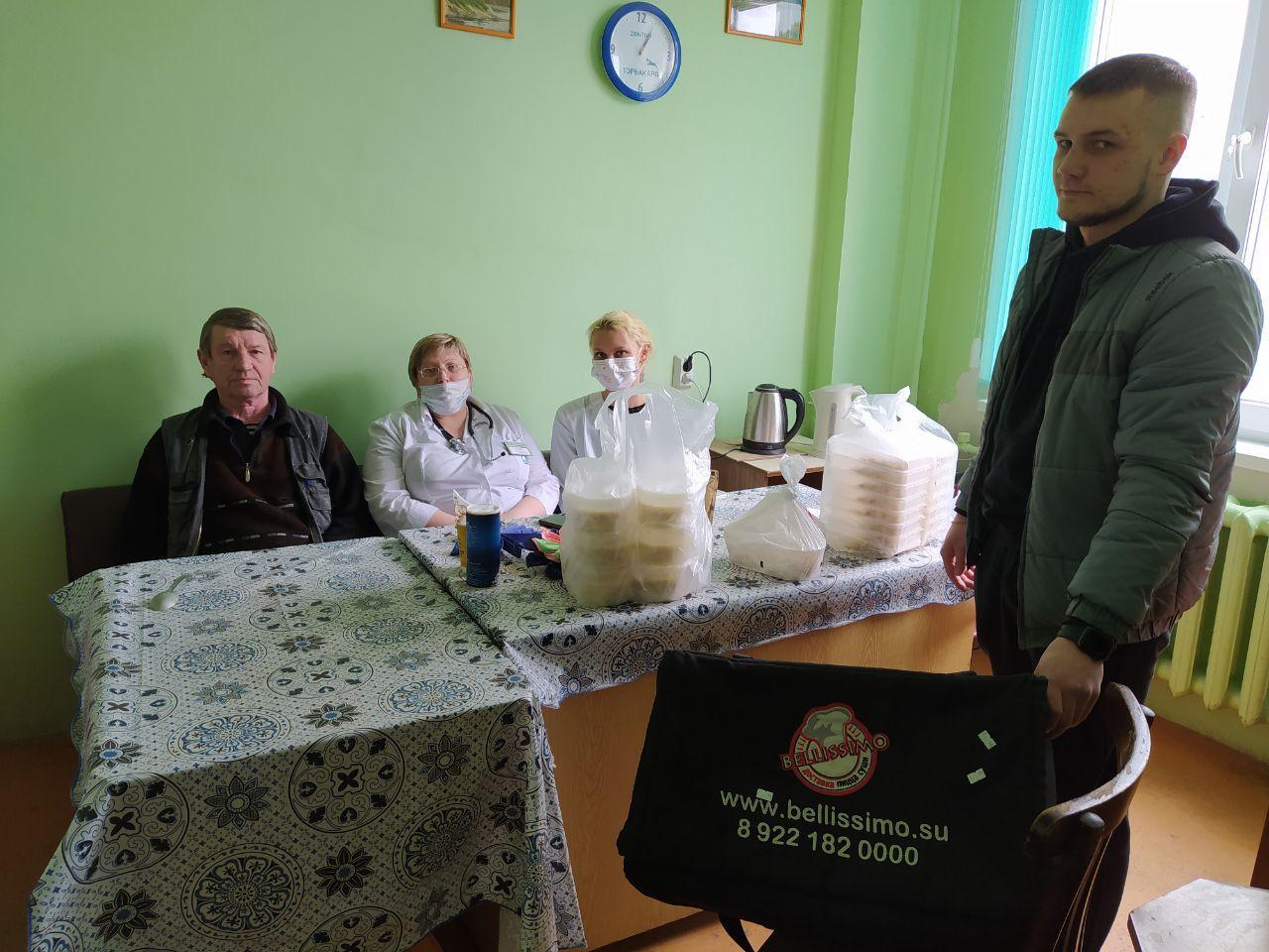 Компания «Беллиссимо» в Березовском ежедневно бесплатно доставляет медикам горячие обеды