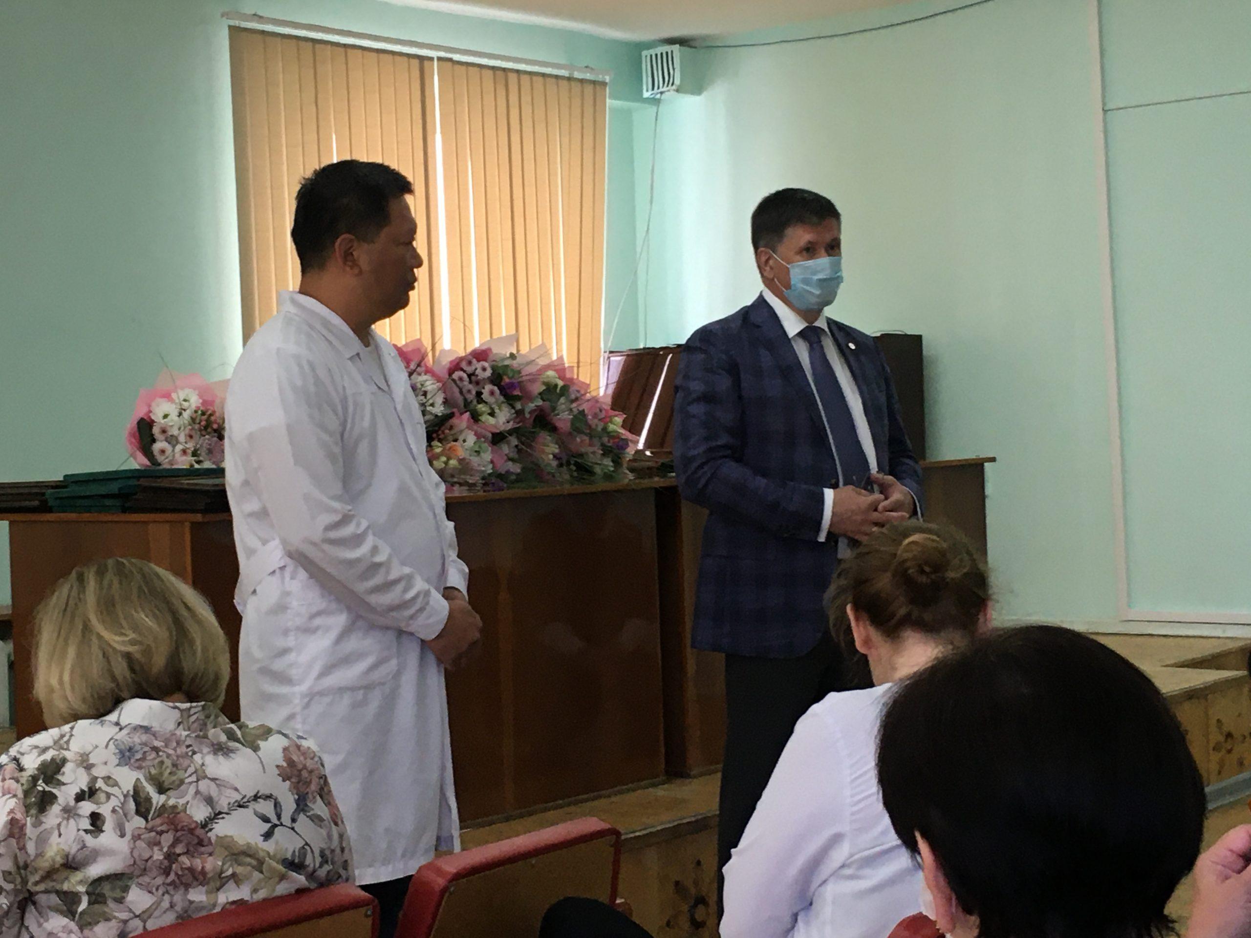 Сотрудники Березовской ЦГБ получили уведомления о приобретении служебного жилья  от Администрации Березовского городского округа